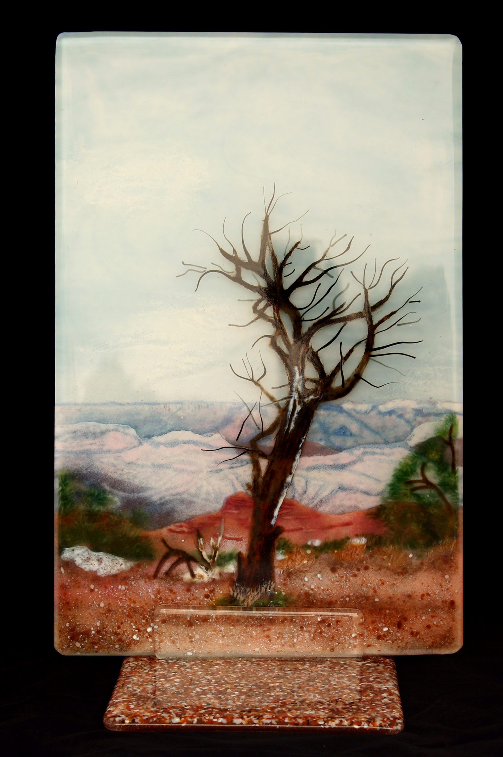 Grand-Canyon-Tree-on-Stand-on-black